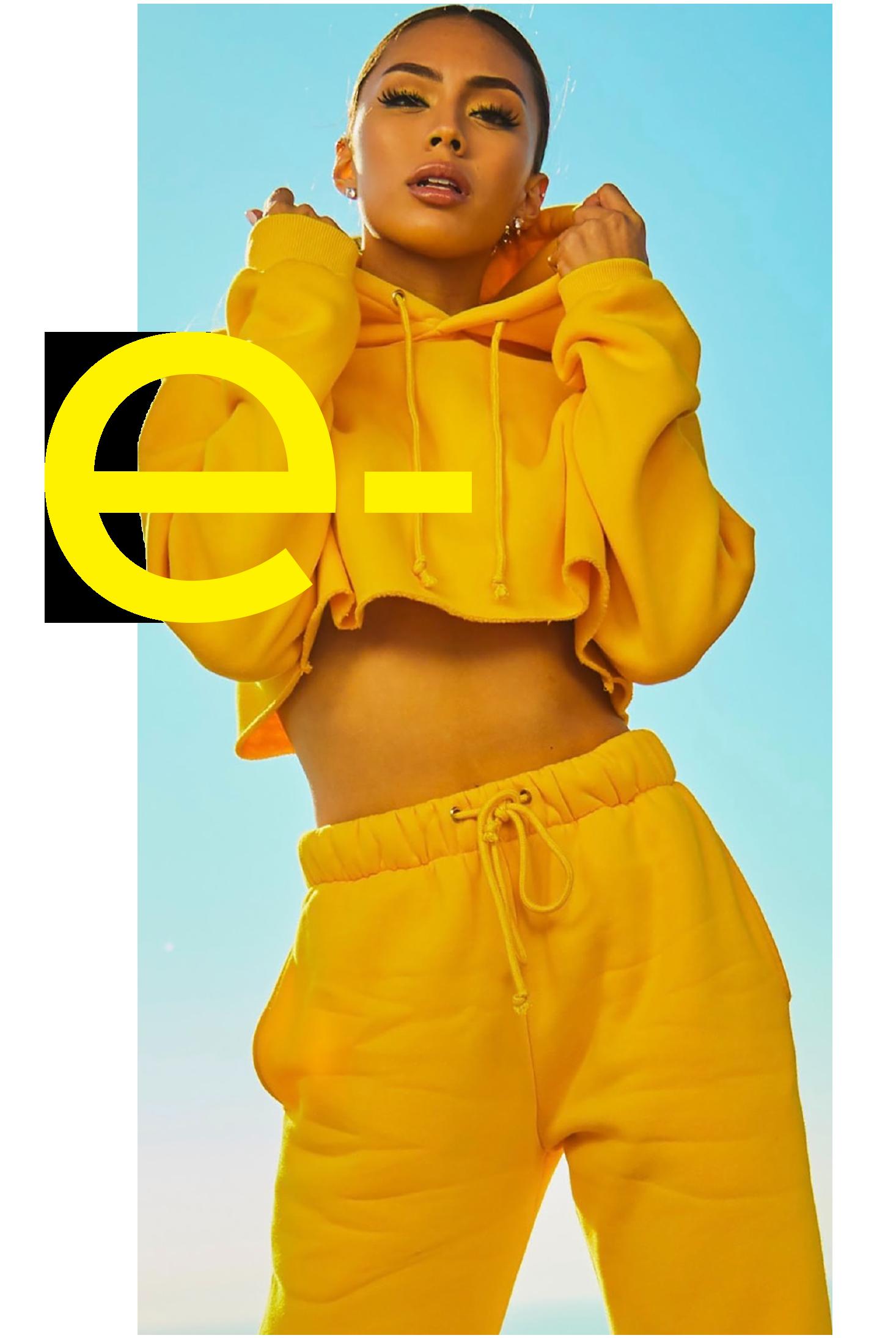 e-book_girl_yellow_5